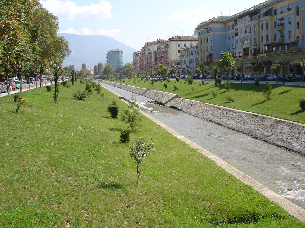 tirana-lana-canal